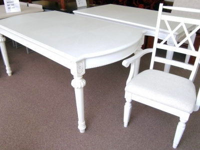 526# large dining table